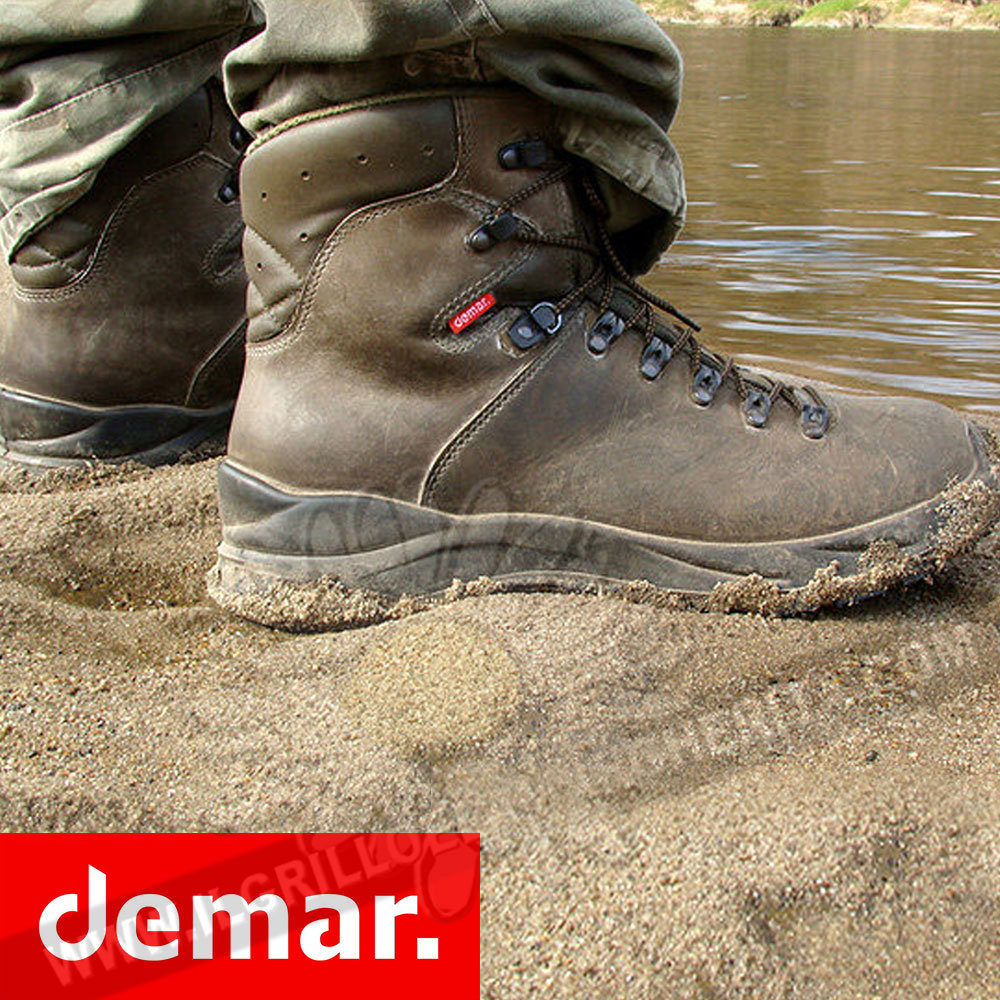 Scarpa da trekking e caccia Trek M6 Demar immagine promozionale Demar